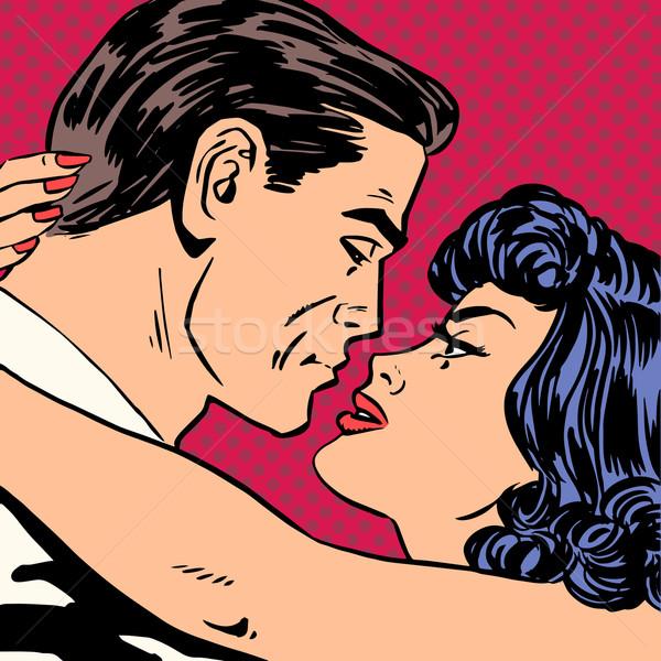 5455218_csók-szeretet-film-románc-hősök-szerelmespár